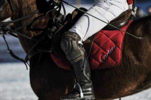 Snow polo St. Moritz: dettagli de giocatori foto credit: gpiazzophotography