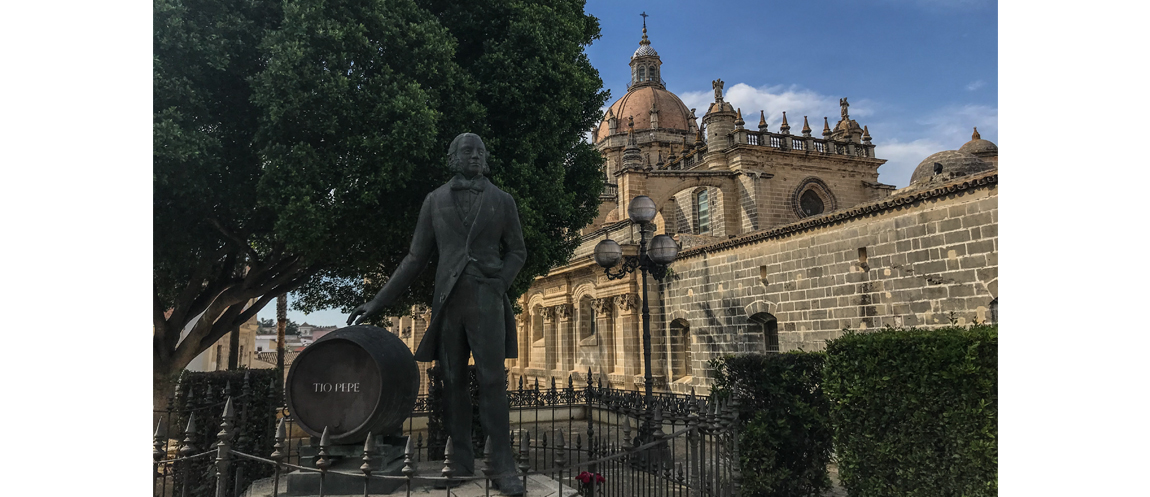 In western Andalusia there is a jewel-town that proudly retains its strong identity: Jerez de la Frontera.Jerez whose name derives from the Arabic Sherish