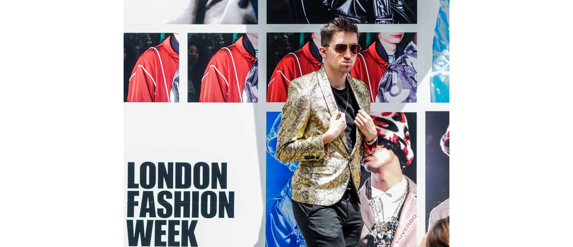 Men's fashion starts again and here's our gallery with the most interesting street looks captured during the London Men's fashion week.