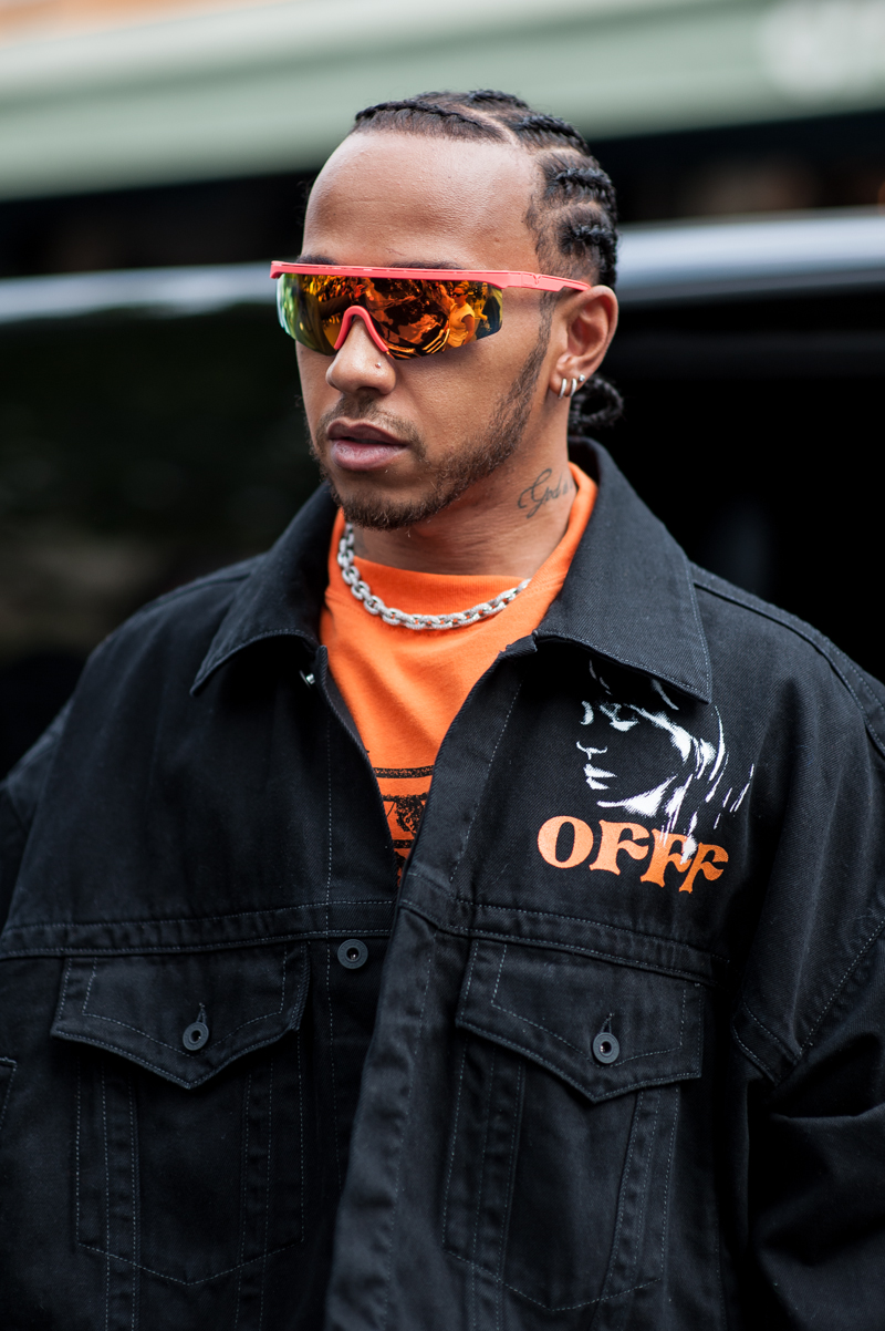 This Paris Men's Fashion Week, has proved to be the most interesting. The collections presented have shown a captivating creativity. Street look.