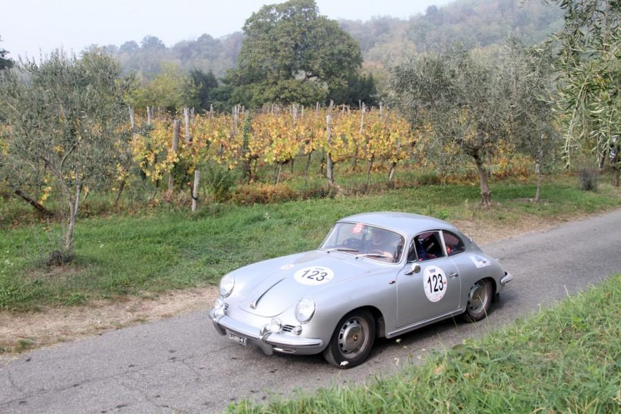 """Porsche 356 """"Coppa Franco Mazzotti"""",competizione voluta dal """"Club Mille Miglia"""" Franco Mazzotti, in memoria del leader e fondatore della """"1000 Miglia"""" Franco Mazzotti."""