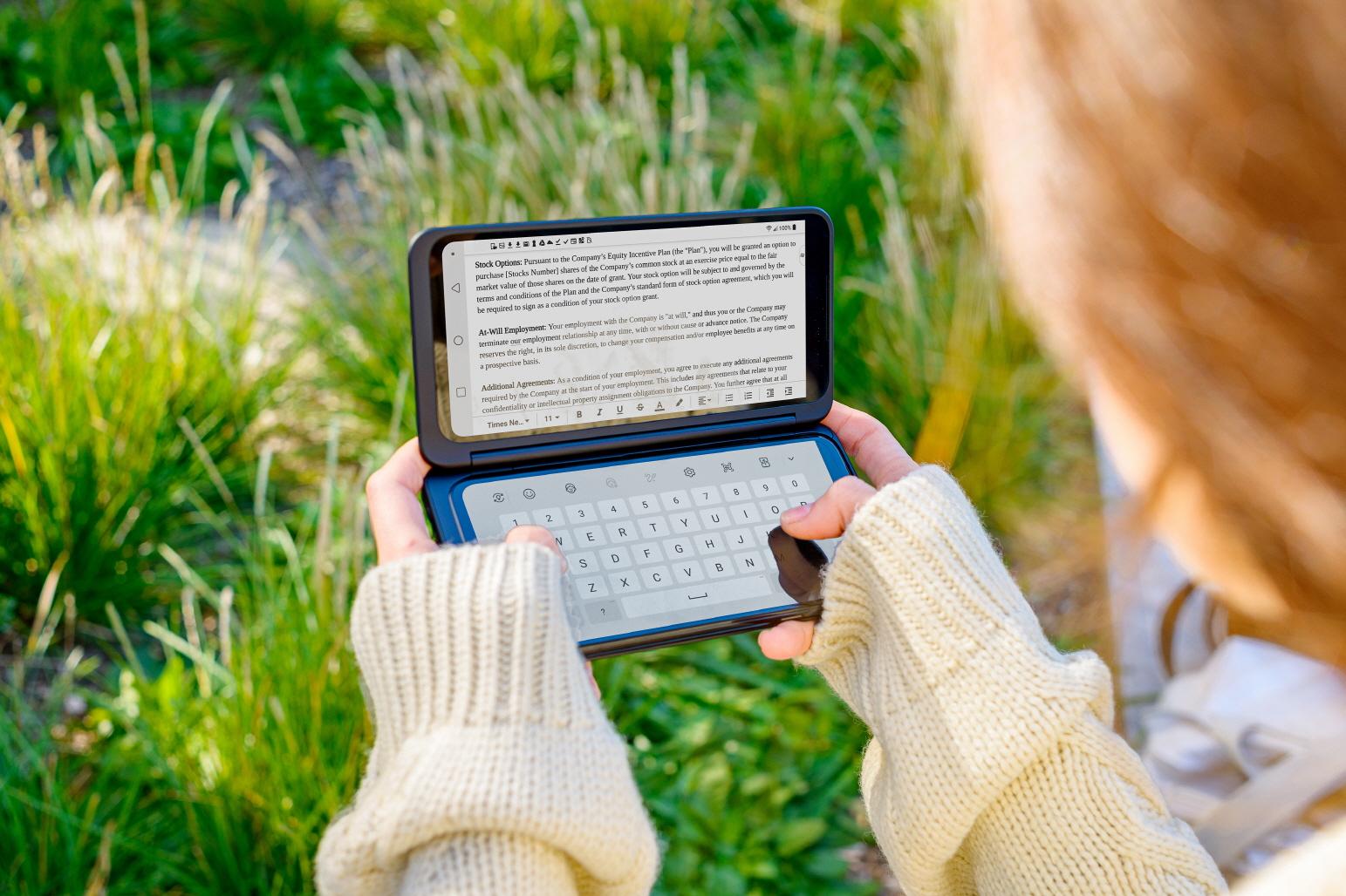 Finalmente è disponibile in Italia il G8X ThinQ, il primo smartphone Dual Screen di LG presentato per la prima volta a IFA 2019