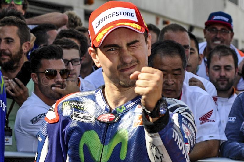 """Jorge Lorenzo """"el Martillo"""", ha annunciato oggi a Valencia, con una conferenza stampa straordinaria, il suo ritiro dal mondo delle corse."""