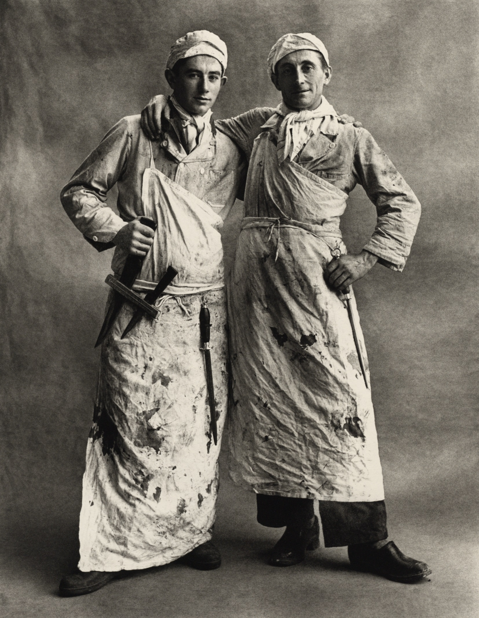 """La Fondazione MAST di Bologna presenta """"Uniform Into The Work / Out Of The Work"""". Mostra collettiva sulle divise da lavoro,con 600 immagini di 44 fotografi."""