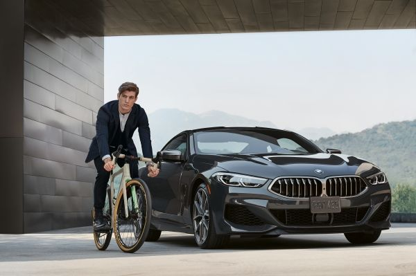 "3T,Italian brand leader in the bicycles production announces the launch of a ""gravel bike"" specifically designed to meet the cycling needs of BMW customers."