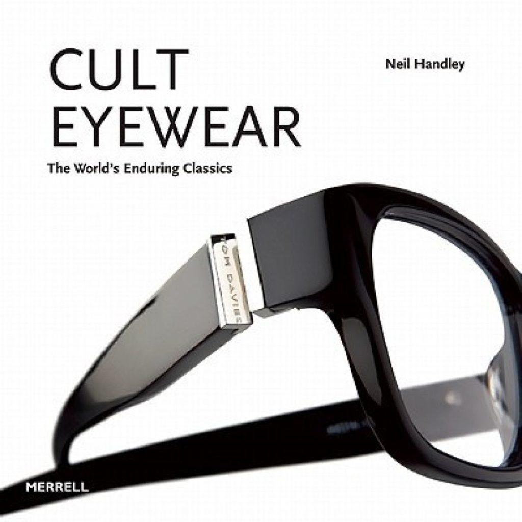 cult-eyewear-libro-occhiali