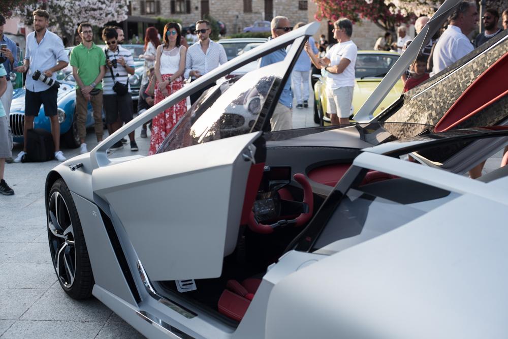La Dora Bandini il nuovo concept preparato da Giorgetto e Fabrizio Giugiaro, è stata presentata al Concorso di Eleganza di Poltu Quatu