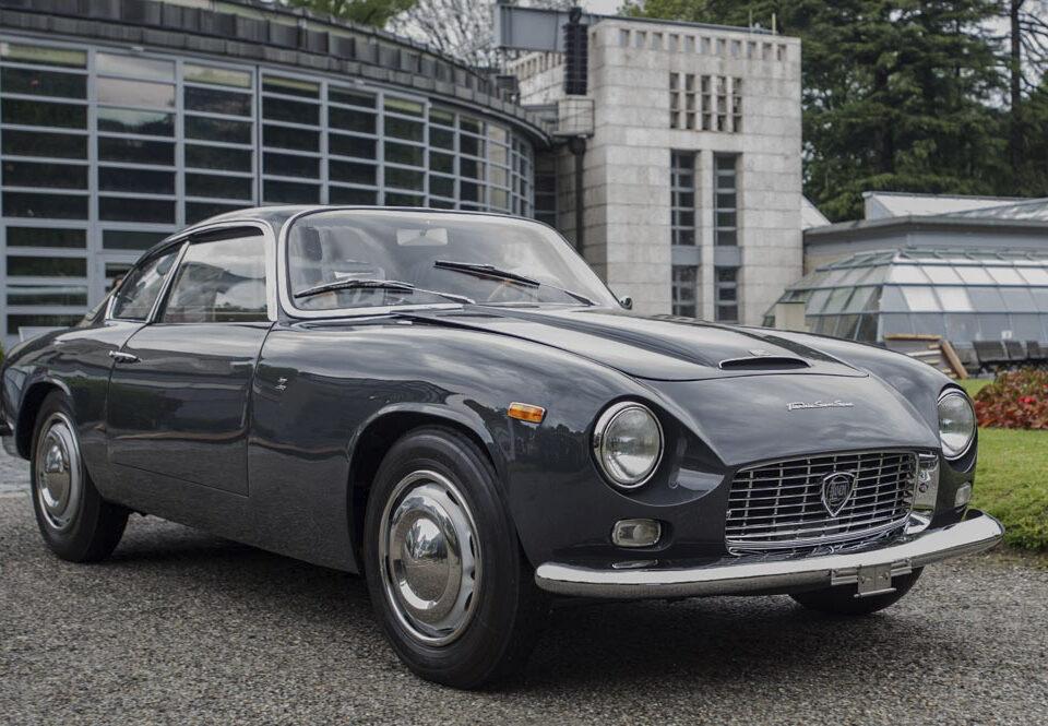 La Lancia Flaminia Super Sport Zagato Viene presentata al Salone di Torino del '64 e capitalizza sei anni di sviluppo e varie versioni.
