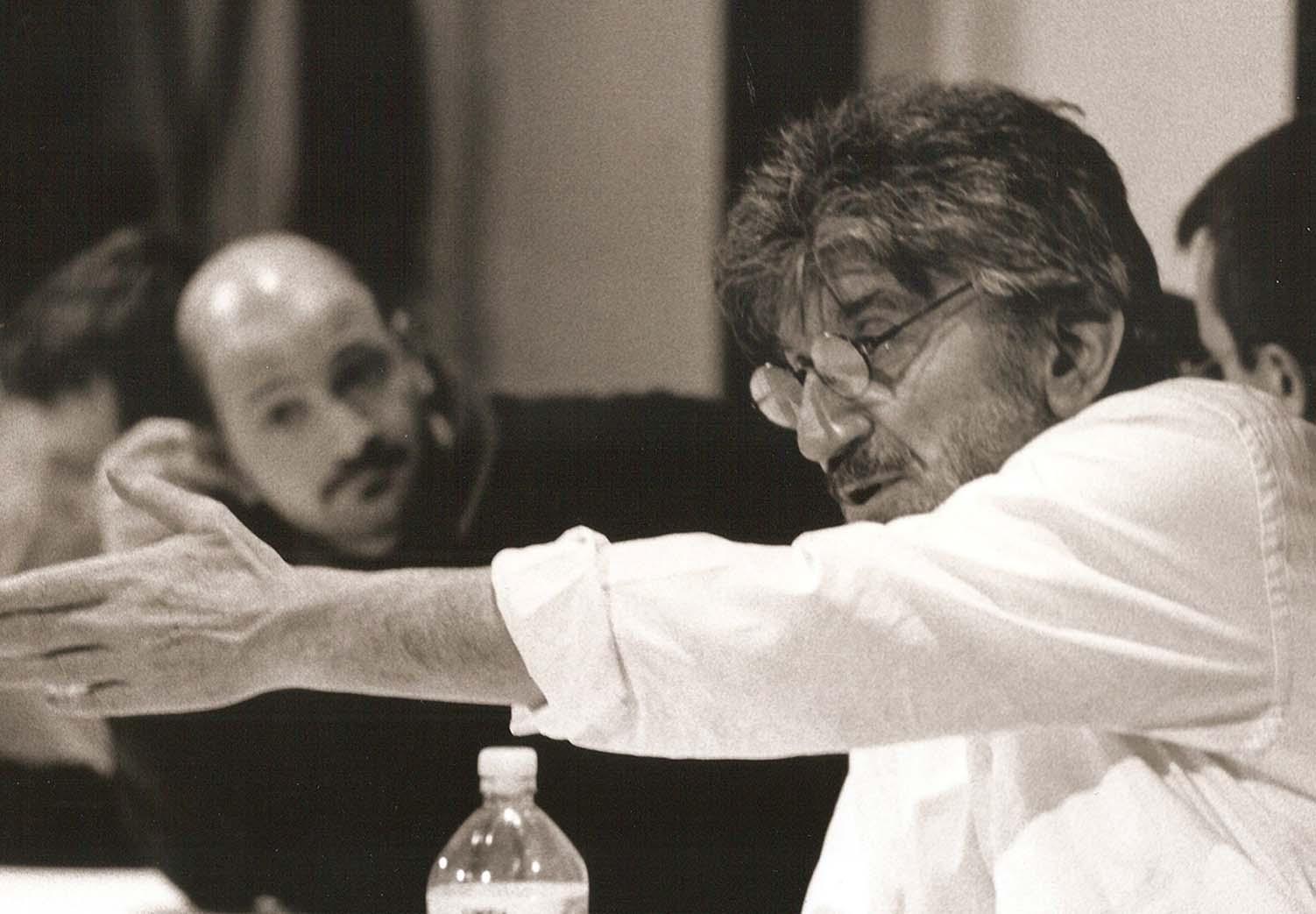 Gigi Proietti è morto il giorno del suo 80° compleanno. Scherzava sulla sua data di nascita.Il giorno è quello che è, il 2 novembre, diceva.