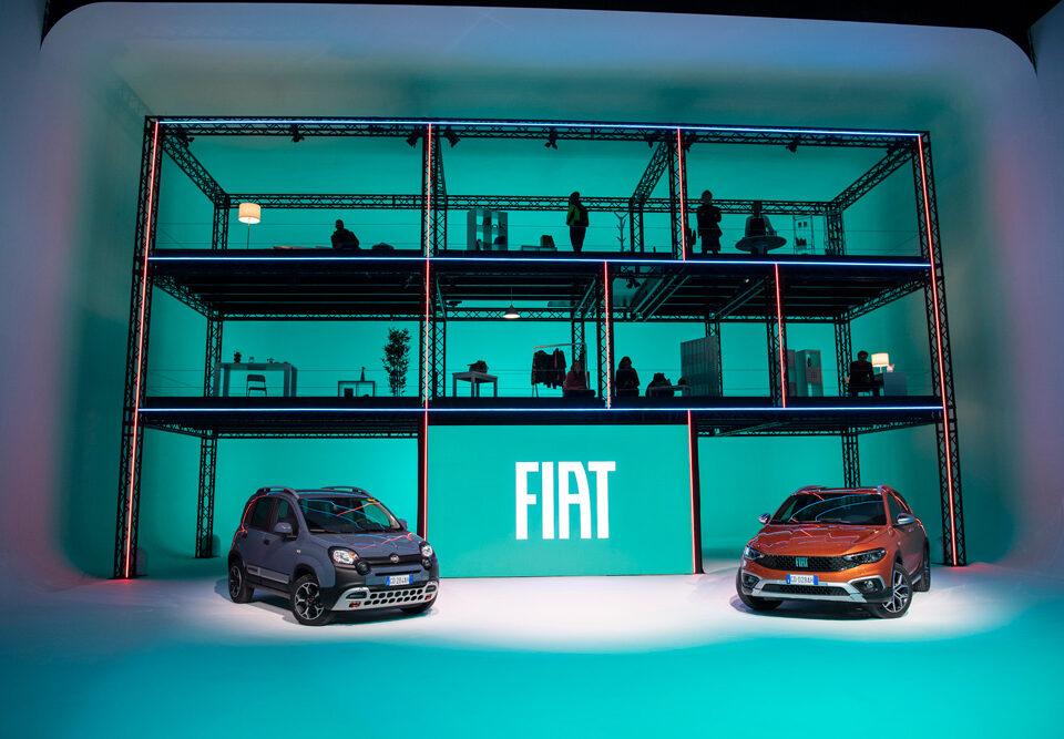 Fiat continua nell'idea rivoluzionaria di concepire l'auto con le nuove Panda e Tipo Cross. Modelli legati tra loro da funzionalità intrinseca