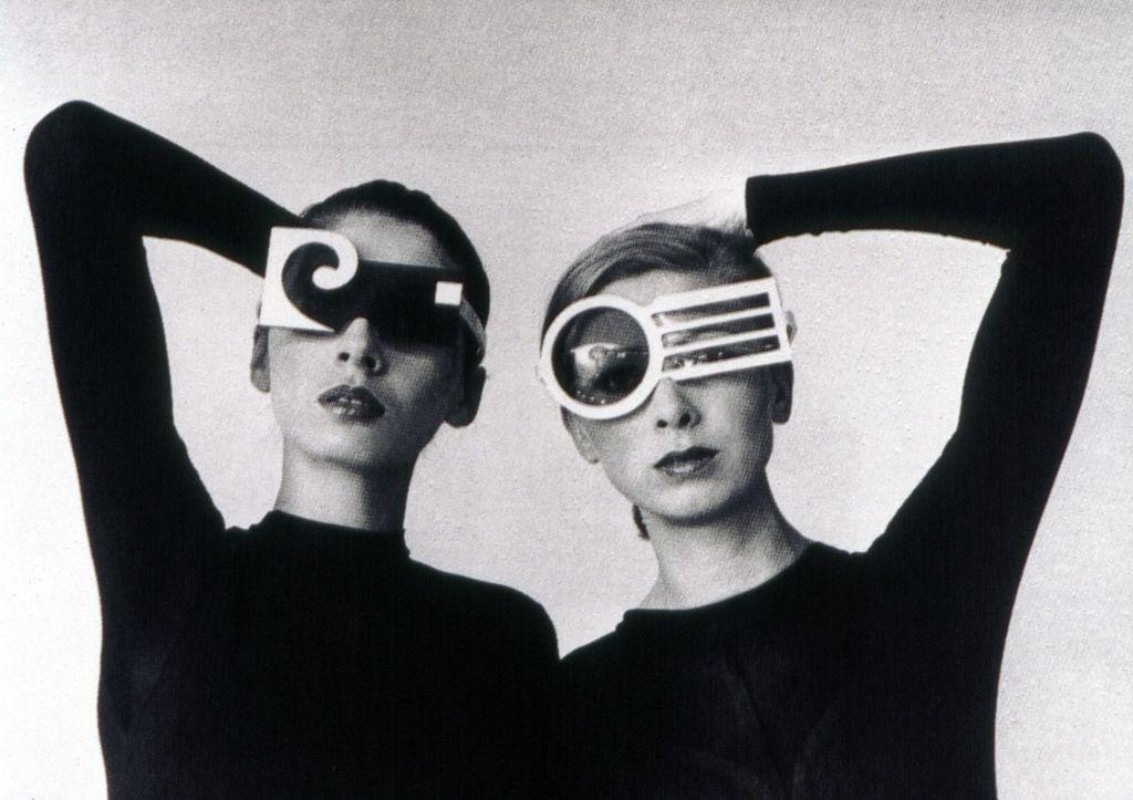 Pierre Cardin muore oggi, 29 dicembre 2020 all'ospedale di Neuilly sur Seine, ponendo fine così ad un felice connubio tra moda e architettura