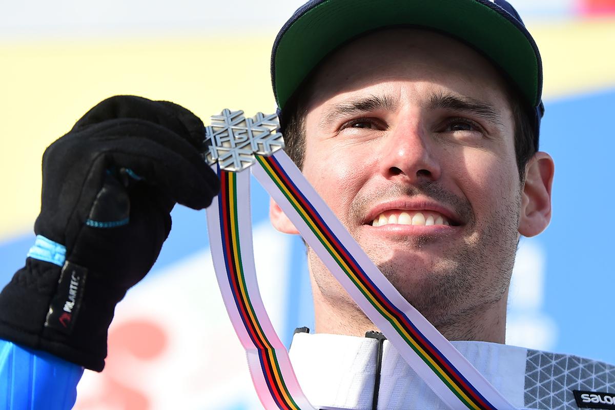 Luca de Aliprandini concede al'Italia la seconda medaglia ai Mondiali di sci Cortina 2021. Un argento del tutto inatteso nello slalom gigante
