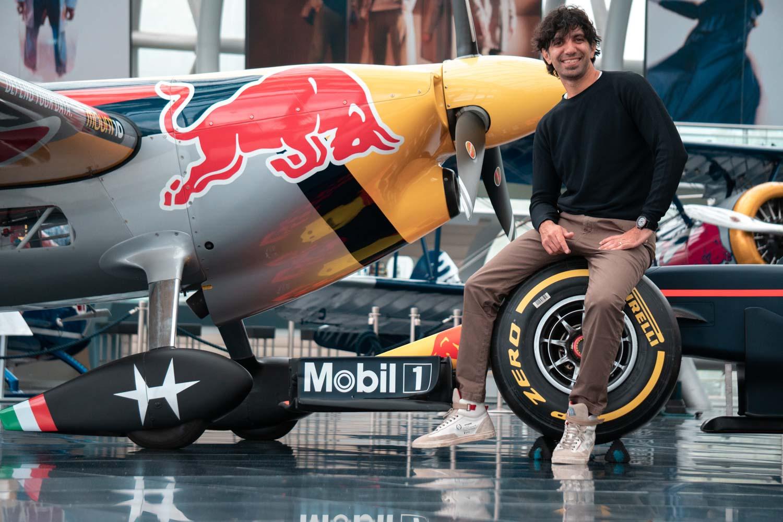 Dario Costa nel Hangar 7 Red Bull credit: Marcel Stenner