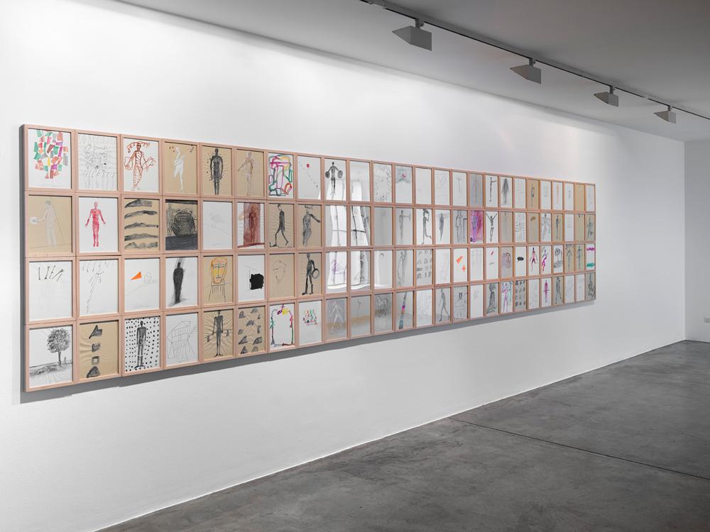 I Dormienti di Mimmo Palladino esposti alla Cardi Gallery a Milano.