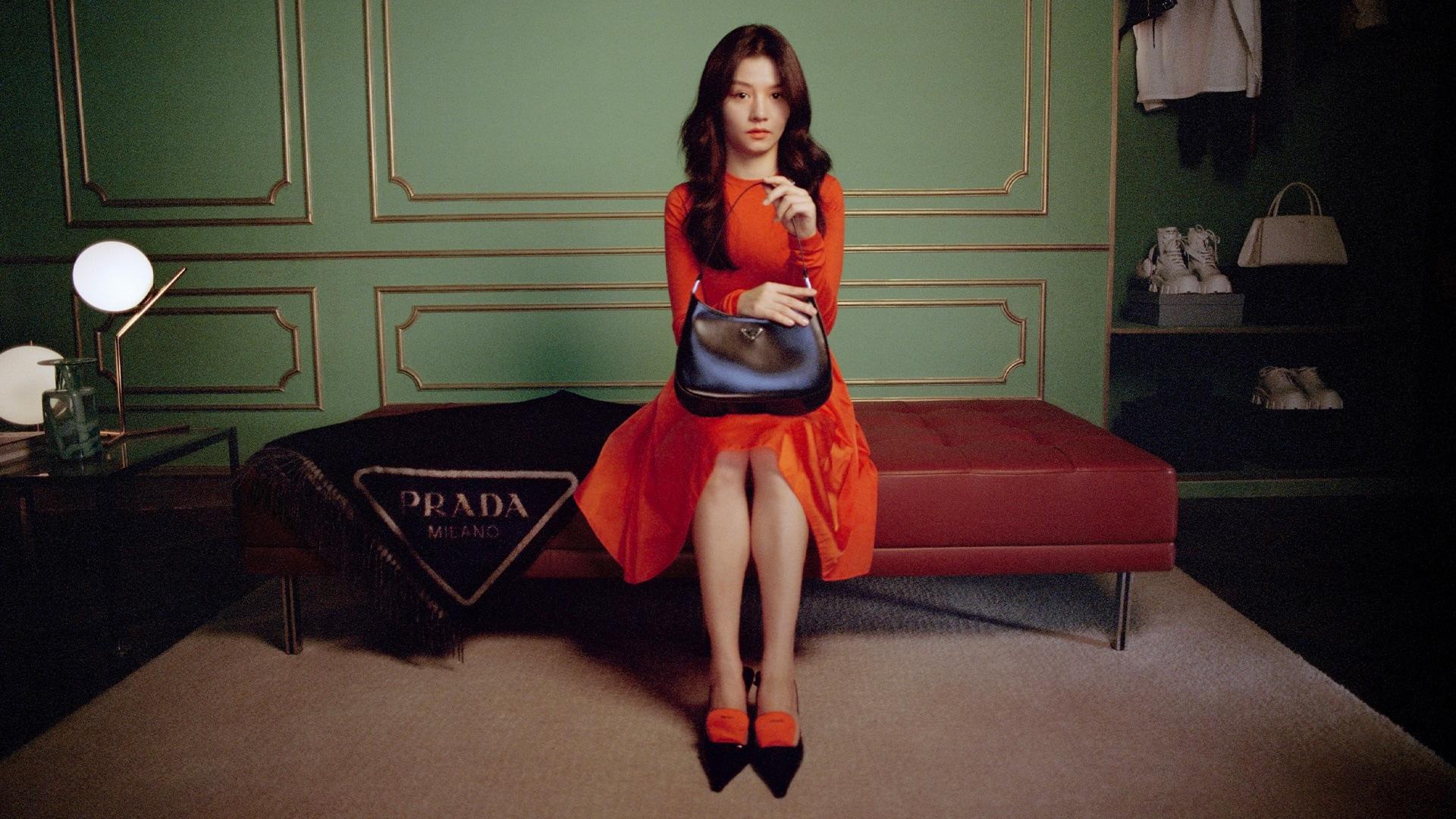 Il Capodanno cinese, dedicato al bue, una figura stabile, affidabile e diligente, entra a far parte del mondo della moda a tutti gli effetti.