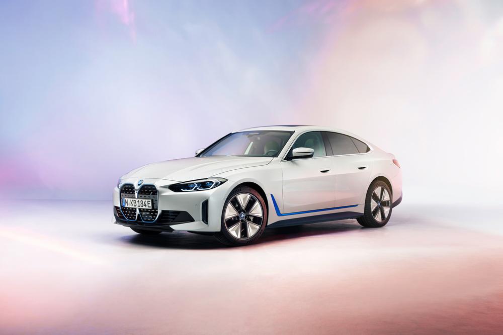 BMW i4 Coupé ed elettrica