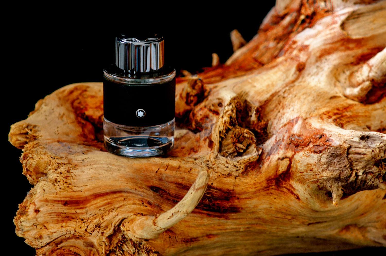 I profumi da uomo, sono un'opera d'arte di un invisibile linguaggio del corpo. Riflettono il sacro, il mistero e la seduzione.