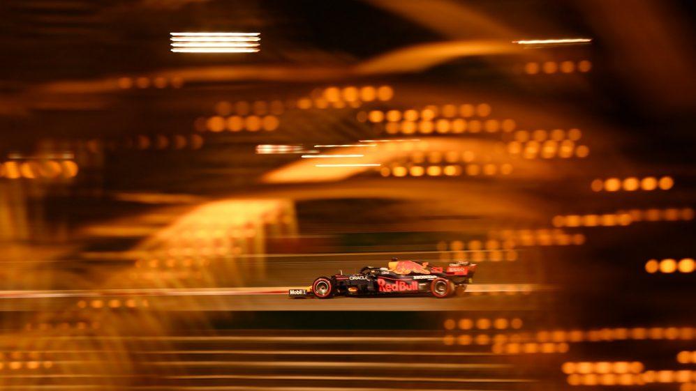 Tag Heurer Formula 1 è la collezione ispirata alle corse automobilistiche, per gli uomini e donne che osano vivere al massimo.
