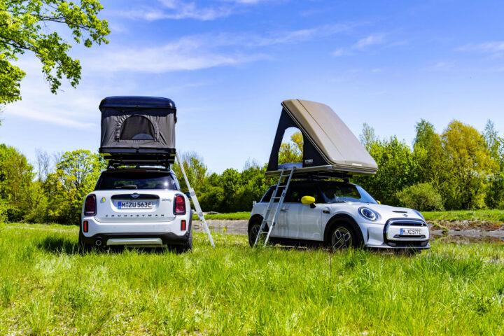 Mini elettriche e ibride per ripartire in vacanza a zero emissioni e due veicoli che sono dei veri e propri camper in miniatura.