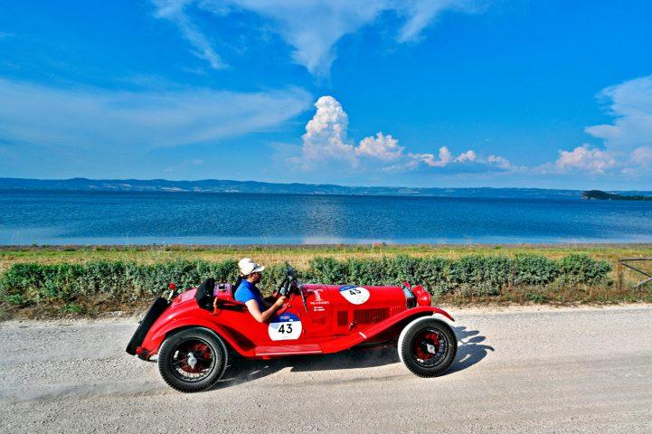 L' Alfa 6C1750 Super Sport del 1929 con il numero 43 dell'equipaggio composto da Vesco/Salvinelli, vince la 39ª edizione della 1000 Miglia.