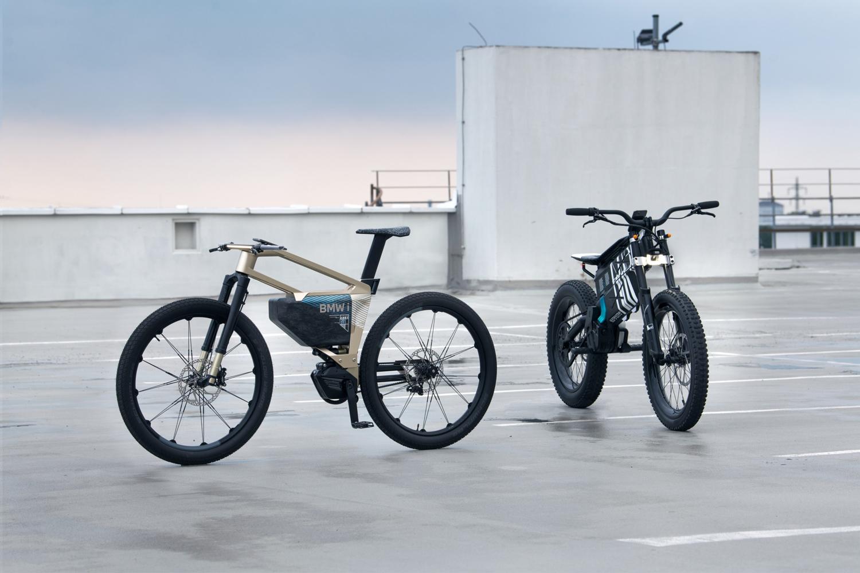 La BMW i Vision AMBYè un concept completamente nuovo a metà tra una bicicletta e una motocicletta. Innovativa in tema di mobilità urbana.